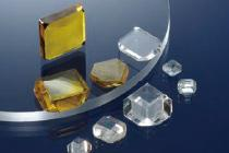Synthetic single crystal diamonds
